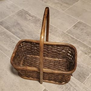Wicker Small Retangle Basket w/Handle